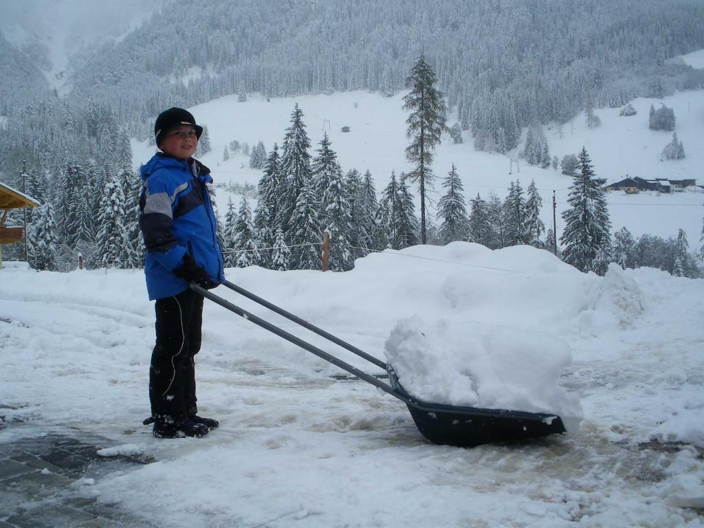 Schneeräumen-mit-der-Schnee