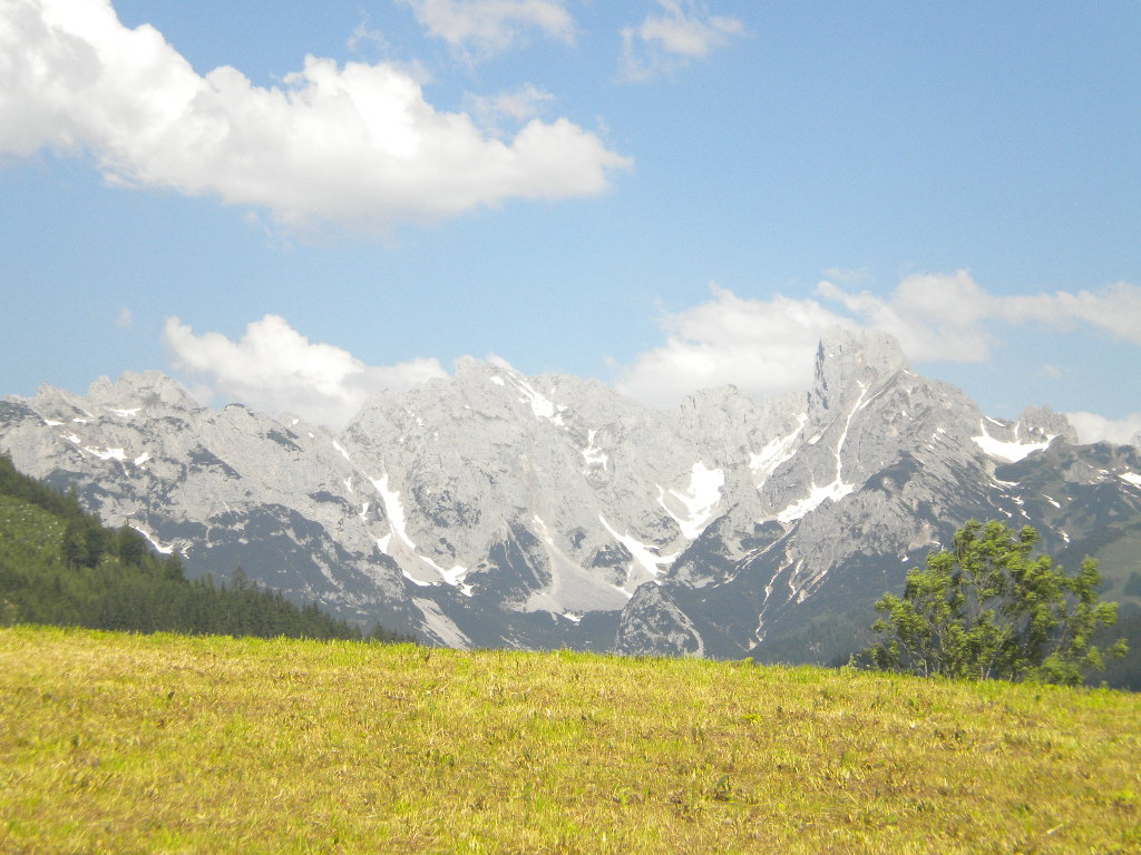 Traumhafter Ausblick auf die Berge Salzburgs