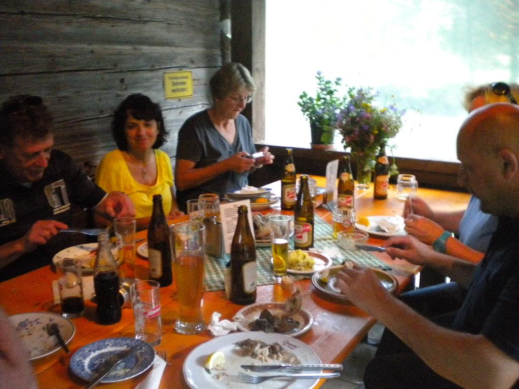 Schmackhafte Delikatesse aus dem Fischteich des Hotel Lämmerhof
