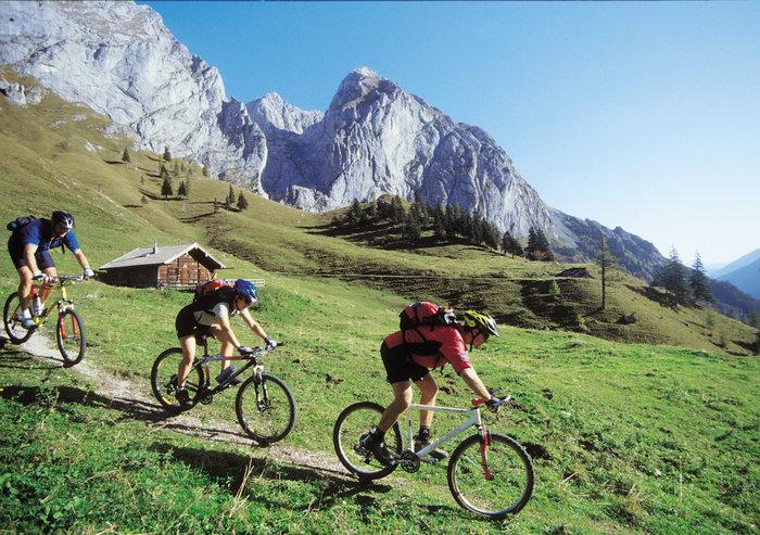 Biken im Lammertal im Sommerurlaub