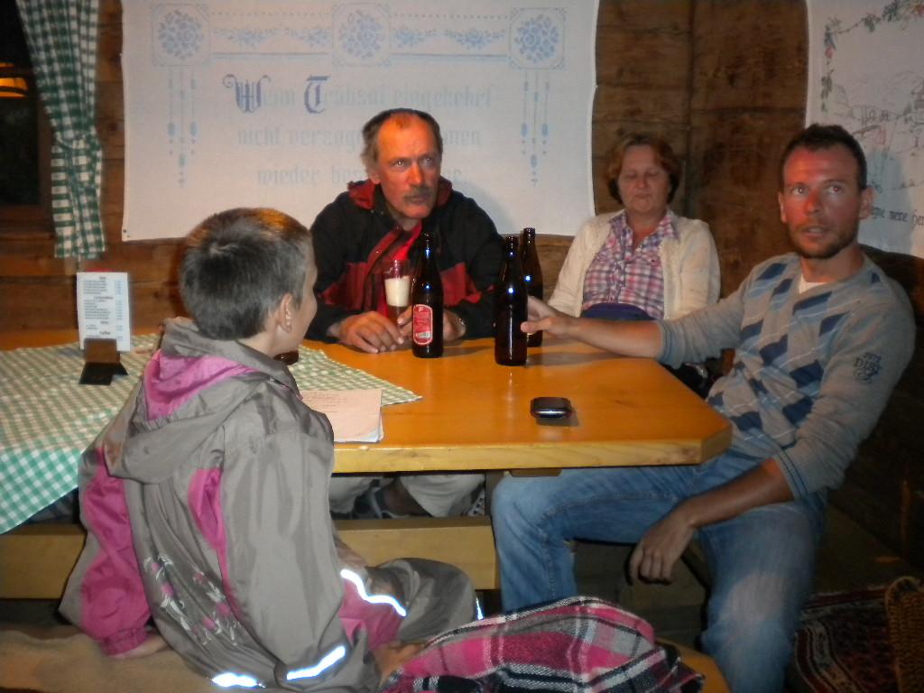 Mit den Hausgästen in der Fischteich-Hütte