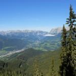 Wolkenfreie Sicht ins Tal