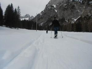 Schneeschuhwanderer unterwegs im Salzburger Land