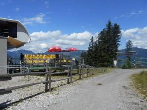 Firstrundwanderung Startpunkt an der Bergstation der Karkogelbahn in Abtenau