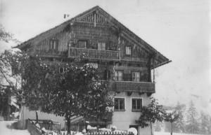 Winteranfang im Lammertal - Im Bild die alte Jausenstation Lämmerhof