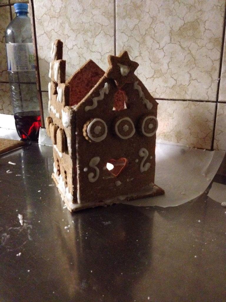 Lebkuchenhaus für Teelichter