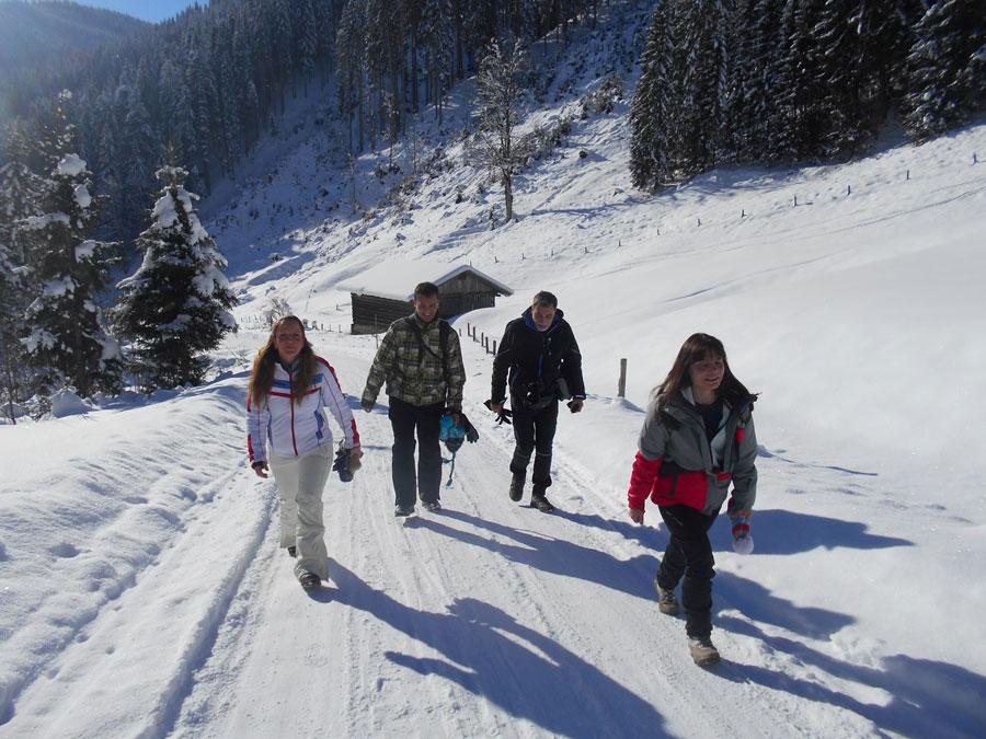 Winterwandern rodeln sittleralm 1 laemmerhof 39 s blog for Fischteich im winter