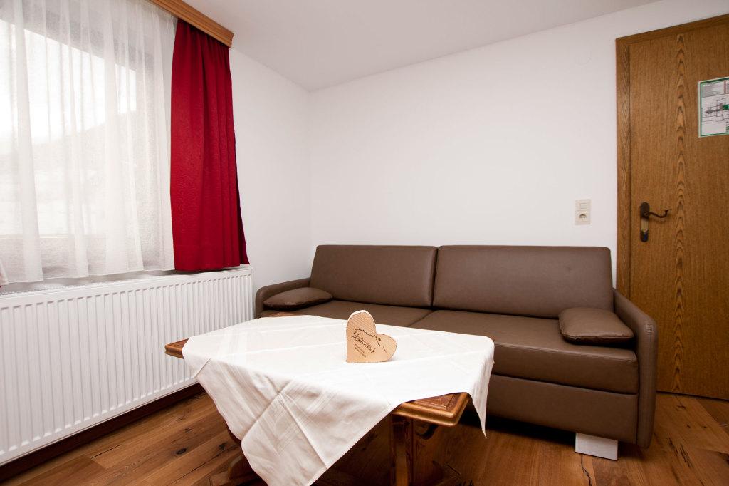Große Schlafcouch in der Suite im Alpengasthof Lämmerhof