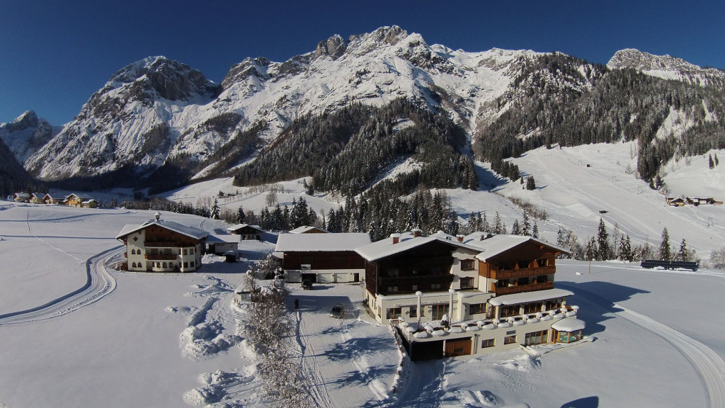 Hotel im Tennengebirge mit Langlaufloipe