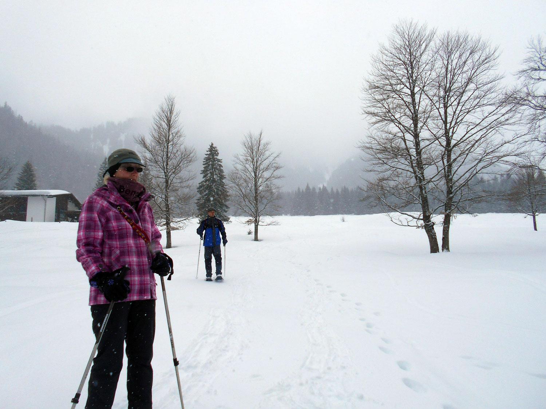 Schneeschuhwanderung aualm maerz 10 laemmerhof 39 s blog for Fischteich im winter