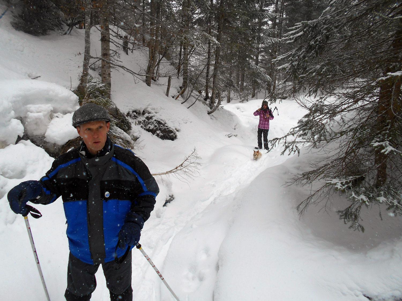 Schneeschuhwanderung aualm maerz 6 laemmerhof 39 s blog for Fischteich im winter