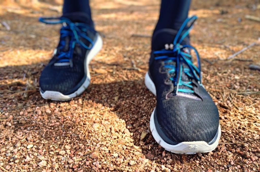 Laufen in den Bergen und Wald des Lammertals