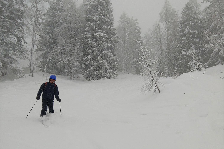 Skistunden im Tiefschnee