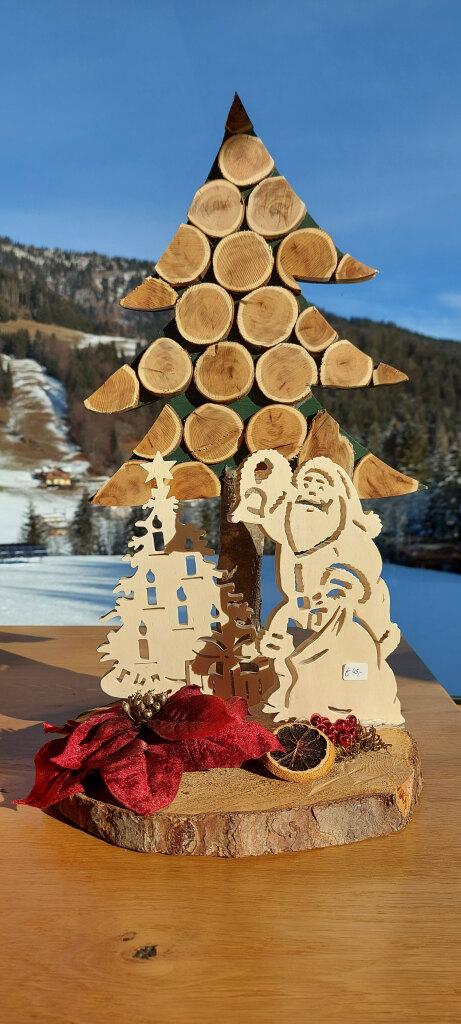 Weihnachtsbaum mit Weihnahtsmann