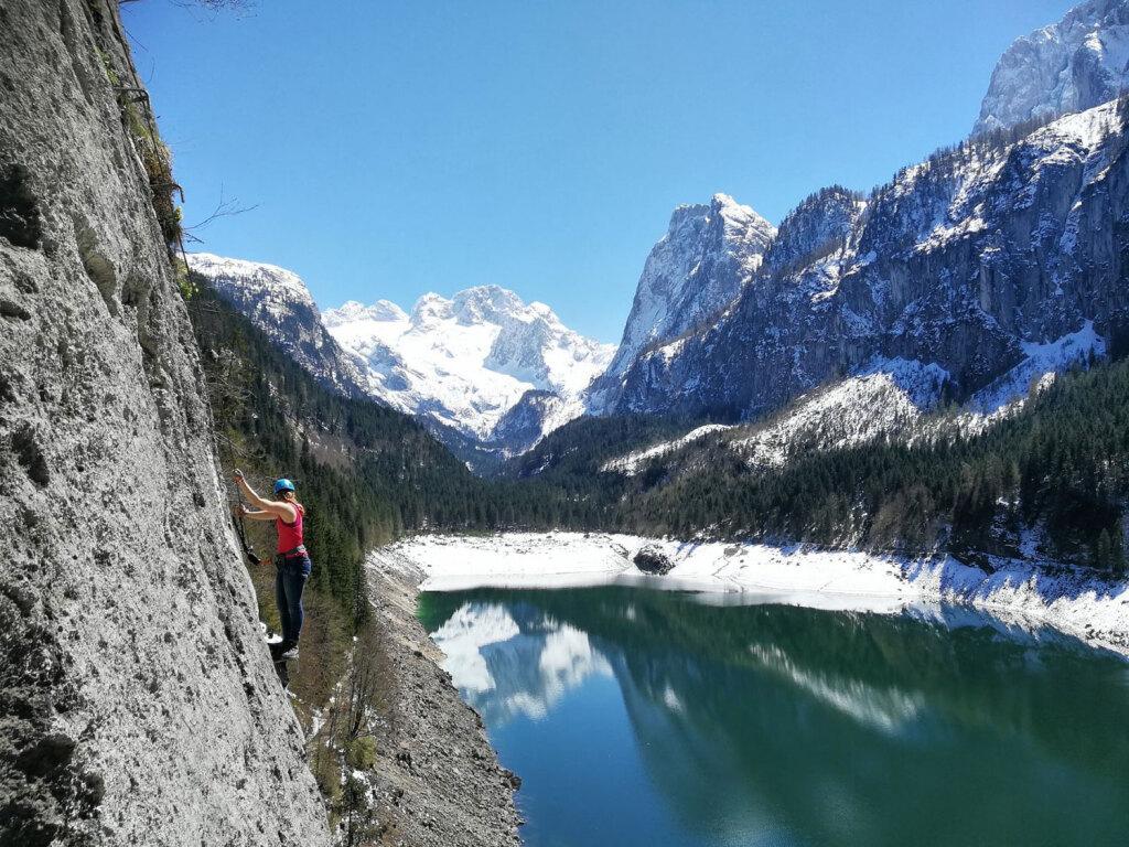 Besonders im Frühling ist am Gosausee Klettersteig noch nicht so viel los!